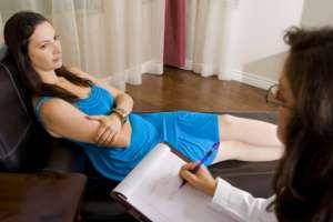 Eine Psychologin in einer Sitzung