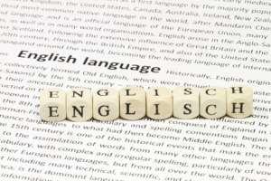 Würfel bilden das Wort Englisch